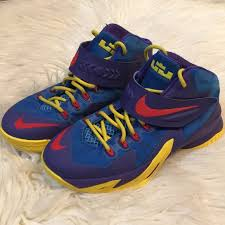 Nike Zoom Lebron Soldier Viii Gs Basketball Shoes
