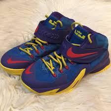 Lebron Shoe Size Chart Nike Zoom Lebron Soldier Viii Gs Basketball Shoes