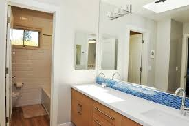 Bathroom  Frameless Showerbath White Porcelain Bathtub Beige - Tile backsplash in bathroom