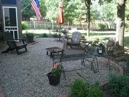 pea gravel patio border
