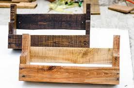 DIY rustic pallet wood shelves (via www.instructables.com)
