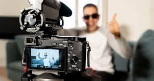 モンスター・ユーチューバー事例集、壁の薄い部屋で演奏、一般人を勝手に撮影…   News&Analysis   ダイヤモンド・オンライン