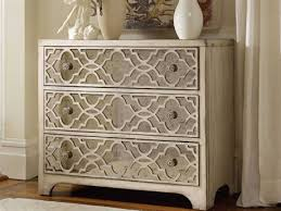 Image Sideboard Hooker Furniture Sanctuary Pearl Essence 36w 18d Fretwork Accent Luxedecor Accent Chests Accent Chest Of Drawers Luxedecor