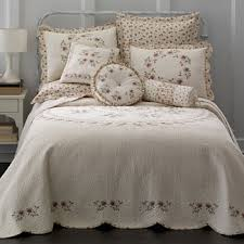 CLEARANCE Quilts & Bedspreads for Bed & Bath - JCPenney & shop the collection Adamdwight.com