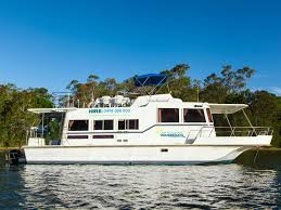 Small Picture Hire a Boat for Holidays Lake Macquarie Houseboats