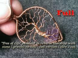 pendant in reverse teardrop copper wire