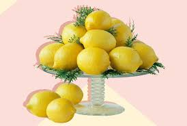 20 <b>Picture</b>-Perfect Centerpiece Ideas <b>You</b> Can Do in 5 Minutes