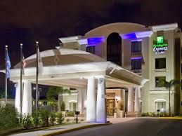 holiday inn express suites ta usf