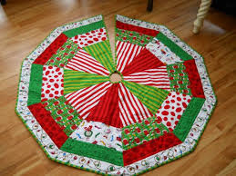 Christmas Tree Skirts Quilted - Christmas Decore & christmas tree skirt pepperknit Source · quilted christmas tree skirt Adamdwight.com