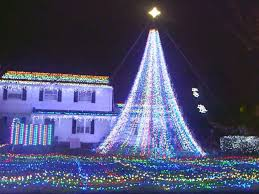 christmas home lighting. PHOTO: The Home Of Mary Halliwell In Fairfield, Conn., Is Decorated With Christmas Lighting