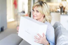 There are two subjects in. Anthea Turner S 10 Tips For Keeping Your Home In Order At Christmas