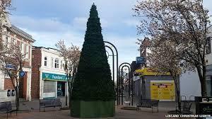 Worst Ways To Keep Christmas Trees Fresh U2013 Mythbusters Calls Out Worst Christmas Tree
