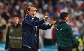 مانشيني: جورجينيو يستحق الكرة الذهبية ، دوناروما ... - Football Italia