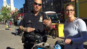 Bicycle Red Light Ticket Nyc Cops Harass Ticket Nyc Cyclist Who Stopped At Red Light 9 15 16