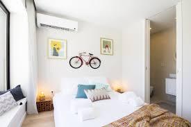 Pop Art Design Bedroom For Rent In Porto