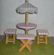 kidkraft wooden umbrella table set 3