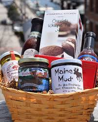 custom maine made gift basket maine lobster basket