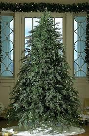 Hunter GKI/Bethlehem Lighting Prelit Christmas Tree
