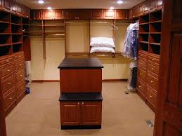 walk in closet designs for a master bedroom photo 3