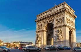 unmissable attractions in paris