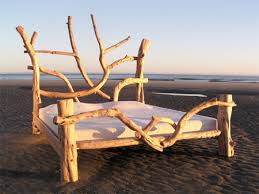 artistic furniture. Vuing.com » Artistic Sculptures And Furniture Made Out Of Driftwood