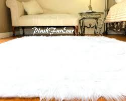 faux fur area rug white faux fur area rugs awesome white faux fur area rug rug