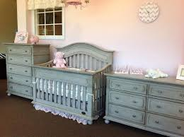 Go Neutral with Gray Baby Cribs