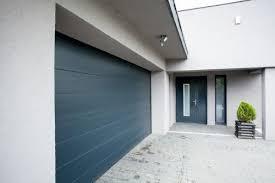 Waschbetonplatten , steine, pflastersteine, waschbeton. Garagenboden Reinigen Garagentor Pflege Ott Garagen