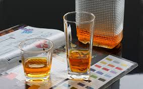 image of 8 oz plastic wine glasses bulk