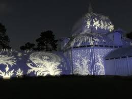 Holiday Lights At Sf Conservatory Light Touch Keeps Drawing Fans To The New Conservatory Of