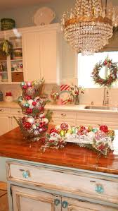 Christmas Decorations For Kitchen 17 Best Ideas About Christmas Kitchen On Pinterest Farmhouse