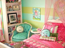 paris themed bedroom | ... of this parisian inspired girl s room designed by