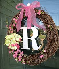 spring wreath for front door10 Minute DIY Front Door Wreath   Door wreaths Felt flowers and