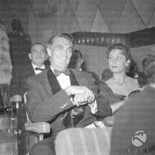 Robert Alda con la moglie Flora Marino | Europeana