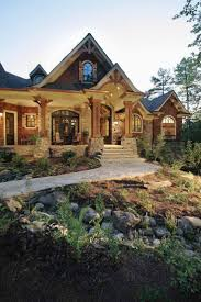 1046 best house hunting images on rustic craftsman home plans