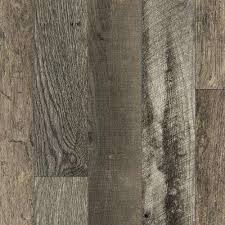 laminate sheet in reclaimed oak planked with virtual design