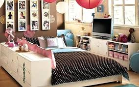 small bedroom furniture placement. Feng Shui Bedroom Furniture Master Layout Ideas How To Arrange In Square Room Small Placement