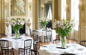 hôtel paris allie gracieut influences orientales et décor clique français consue un cadre magique pour l organisation de votre mariage