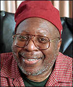 Curtis Mayfield: Credited with introducing social comment to soul music - _579172_curtis_mayfield_1996_150