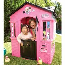 cottage playhouse with glitter