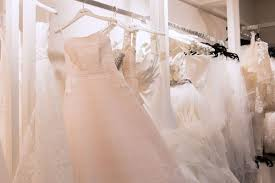 What It S Really Like To Rent Your Wedding Dress Racked