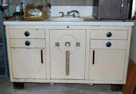how to refinish metal kitchen cabinets painting old metal kitchen