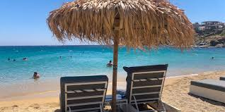 ▷ Super Paradise Beach auf Mykonos - SUPER LGBT Strand 2021