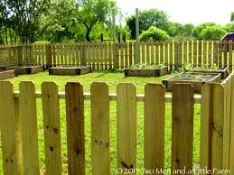 bedroomcharming ideas front yard landscaping. Little Fence For Garden Bedroom Charming Posts Wood Long Ideas Plastic Bedroomcharming Front Yard Landscaping I