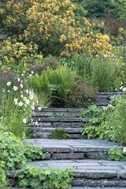 what you need to know about garden steps