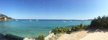 propriété pieds dans l eau face aux iles villa