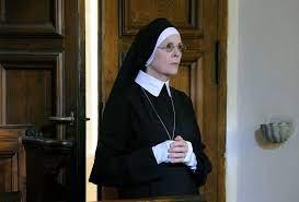 The Young Pope: Bild Diane Keaton - 11 von 27 - FILMSTARTS.de