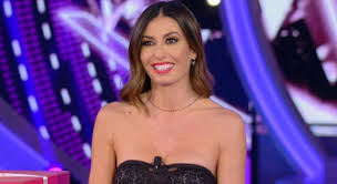This was based on her moms tough stance on good and evil, which. Elisabetta Gregoraci Ecco L Outfit Di Stasera Al Gf Vip 5