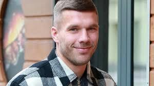 Das bestätigte der sender rtl nun. Rtl Bestatigt Lukas Podolski Wird Juror Beim Supertalent Tv Spielfilm