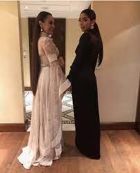 المليارديرة ابنة شريهان الأردنية مع والدتها في صورة جديدة